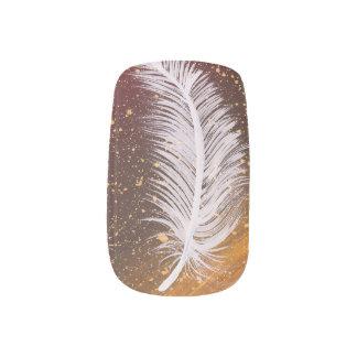 Single white feather painting minx nail art