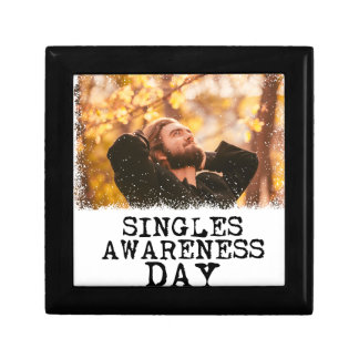 Singles Awareness Day - Fifteenth February Gift Box