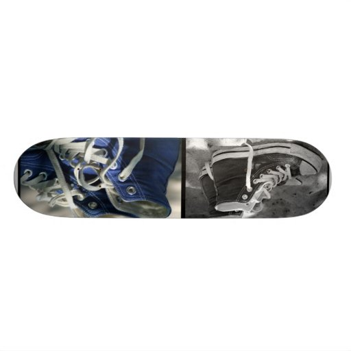 "Skateboard with motive ""blue Chucks """
