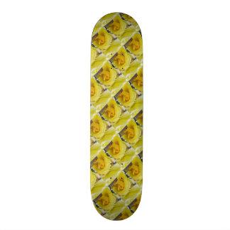 Skateboard Yellow Roses