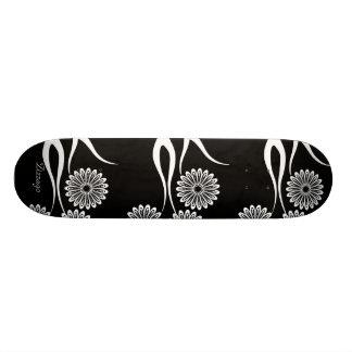 Skateboard Zizzago Black White Floral Skateboard
