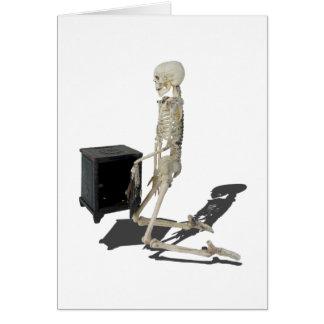 SkeletonClosingSafe032215 Card