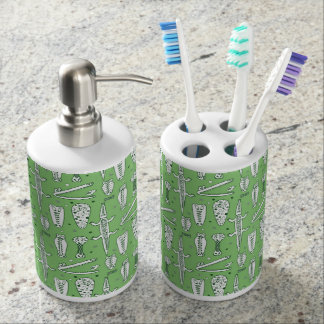 Sketch Crocodile Pattern Toothbrush Holder