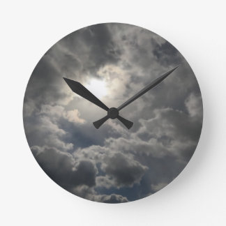 Skies Round Clock