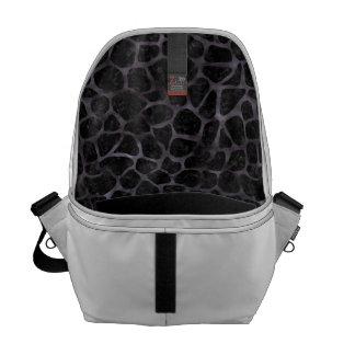 SKIN1 BLACK MARBLE & BLACK WATERCOLOR (R) COURIER BAG