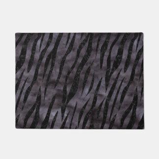 SKIN3 BLACK MARBLE & BLACK WATERCOLOR (R) DOORMAT