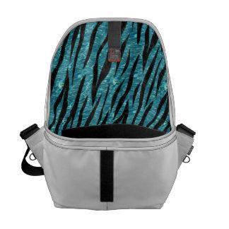 SKIN3 BLACK MARBLE & BLUE-GREEN WATER (R) MESSENGER BAG