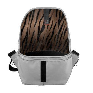 SKIN3 BLACK MARBLE & BRONZE METAL (R) MESSENGER BAG