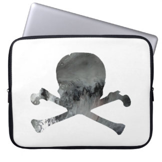 Skull and bones laptop sleeve