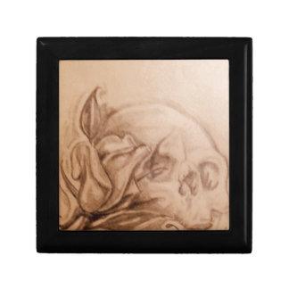 Skull and rose gift box