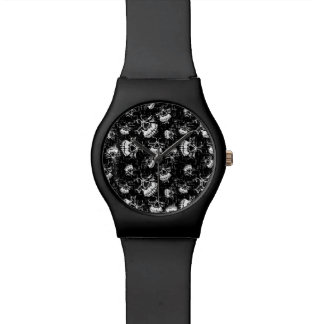 skull background watch