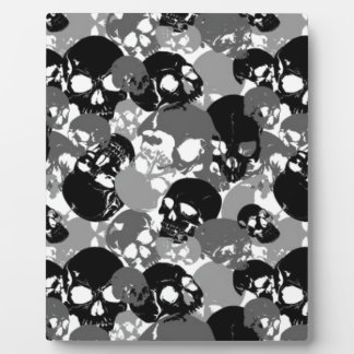 Skull Black&White Plaque