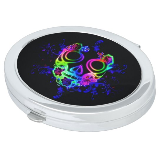 Skull design compact mirror