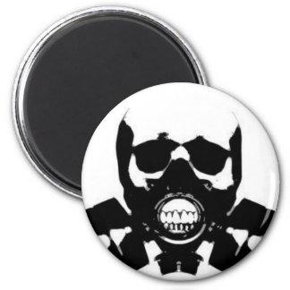 skull-gas-mask-bones magnet