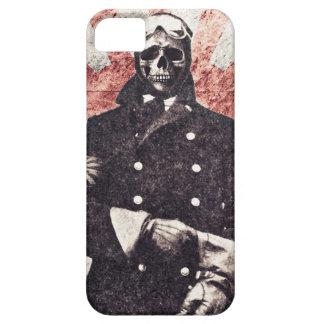 Skull kamikaze iPhone 5 cover