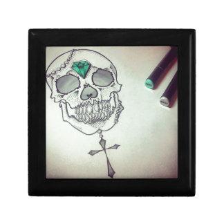 Skull marker logo gift box