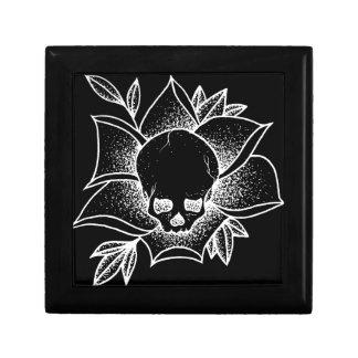 Skull N' Rose Gift Box