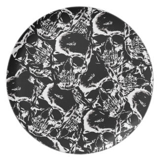 Skull pattern party plates