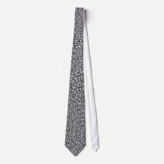 Skull pattern tie