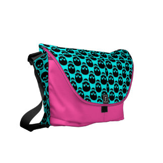 skull purse - fashionista! messenger bag