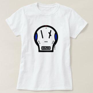 "Skull says: ""love is pain"" T-Shirt"