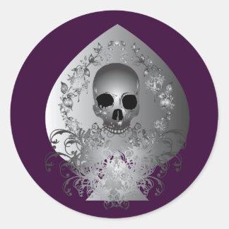 Skull Spade.gray Classic Round Sticker