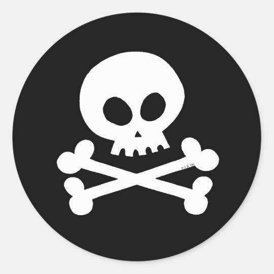 Skull (white) classic round sticker