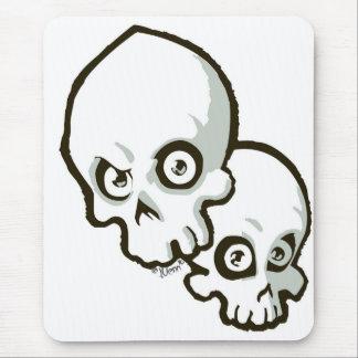 skulls2 mouse pad