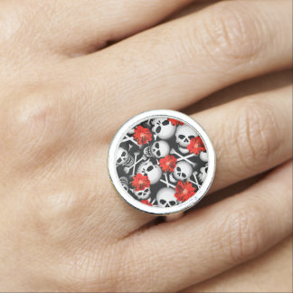 Skulls and flowers ring