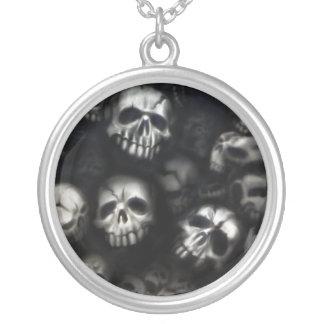 Skulls necklace/necklace round pendant necklace