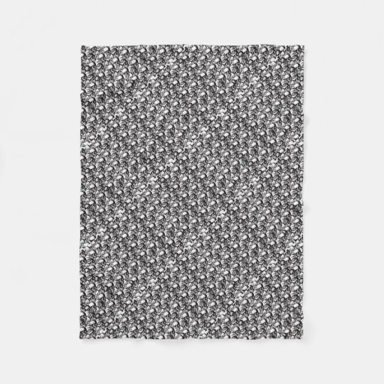 Skulls pattern fleece blanket