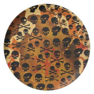 Skulls pattern pirate plate