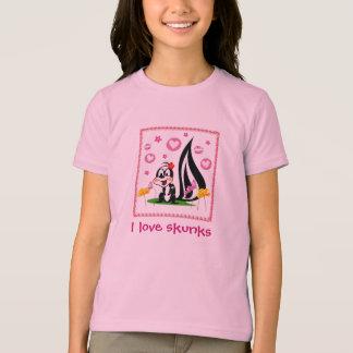 skunk, I love skunks T-Shirt