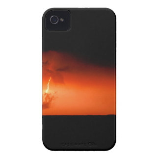 Sky Lightning Bolts Extreme Case-Mate iPhone 4 Cases