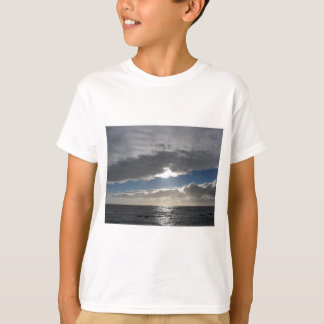 Sky with giants cumulonimbus clouds and sun rays T-Shirt