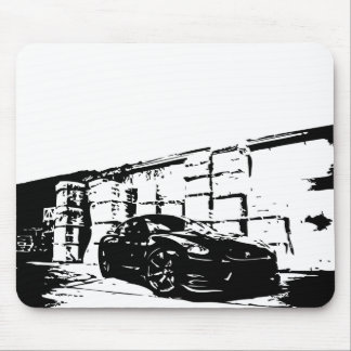 Skyline front stance. mouse pad