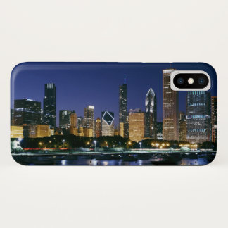 Skyline of Downtown Chicago at night iPhone X Case