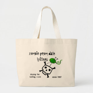 slaying the knitting world ... large tote bag