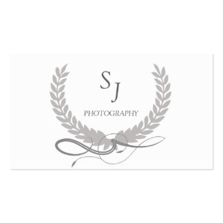 Sleek Monochrome Wreath Pack Of Standard Business Cards