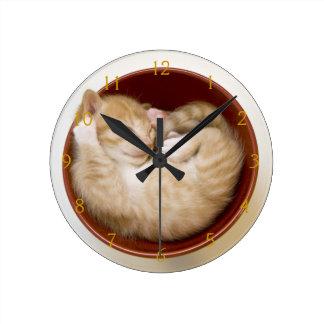 Sleeping Kitten Round Clock