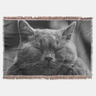 Sleepy Cat Face Photograpy Throw Blanket