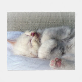 Sleepy Kitten Fleece Blanket