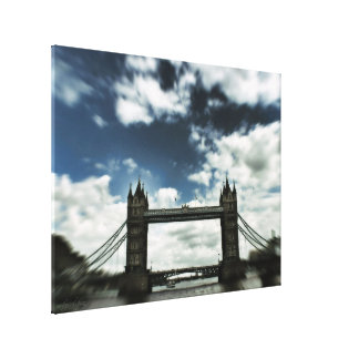 Slight Trippy : London Bridge (UK) United Kingdom Canvas Print