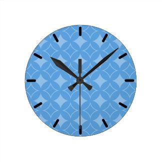 Sly blue shippo pattern wall clock