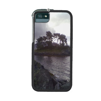 small island iPhone 5/5S cases