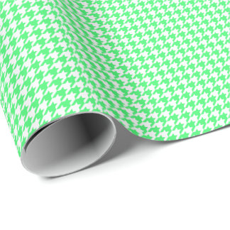 Small Light Green and White Houndstooth