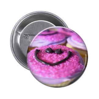 smiley cupcake button