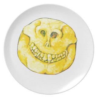Smiley Face Skull Plate