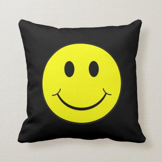 Smiley Face Throw Pillow Zazzle.ca