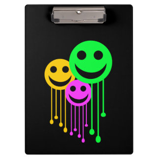 Smiling faces clipboard